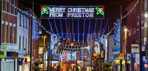preston-christmas-lights--1415303578-article-1